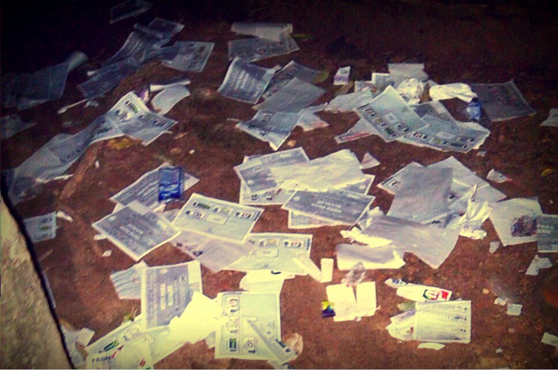 Destrucción de material electoral en asonada