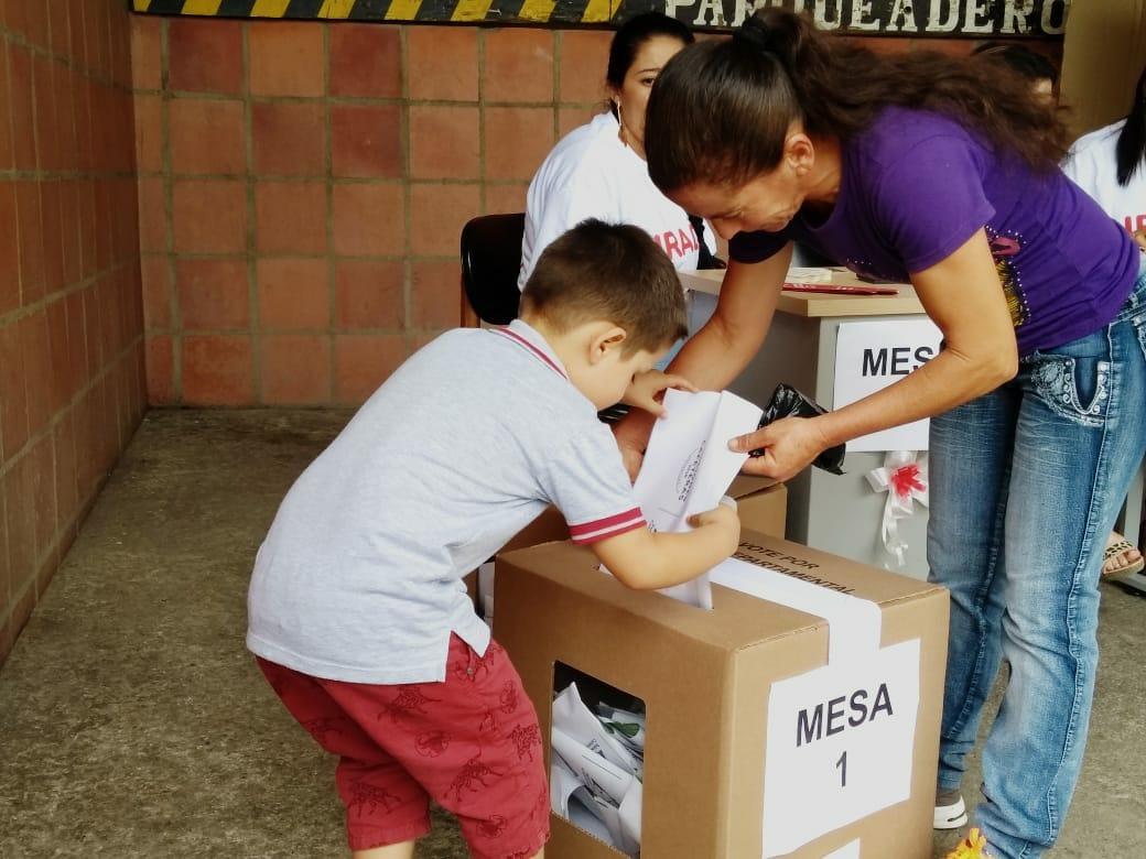 Primer informe de Observación día Domingo Elecciones Cafeteras